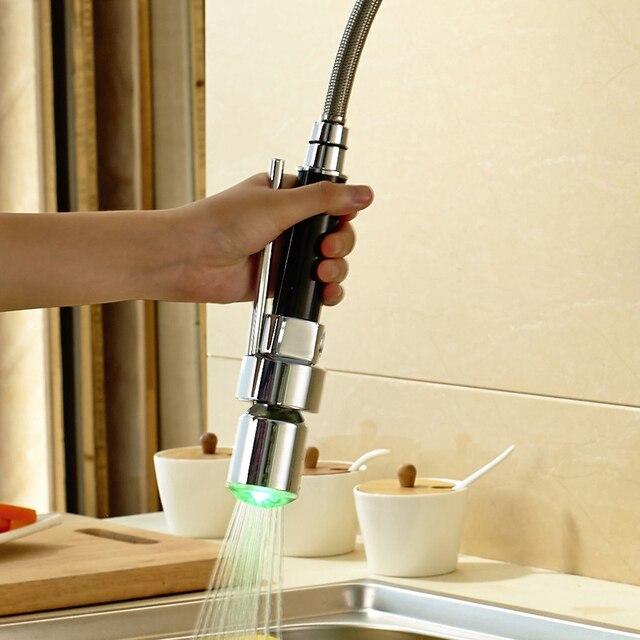 Colore del LED Cambiare Cucina Pull Out & Down Spruzzatore Rubinetto ...