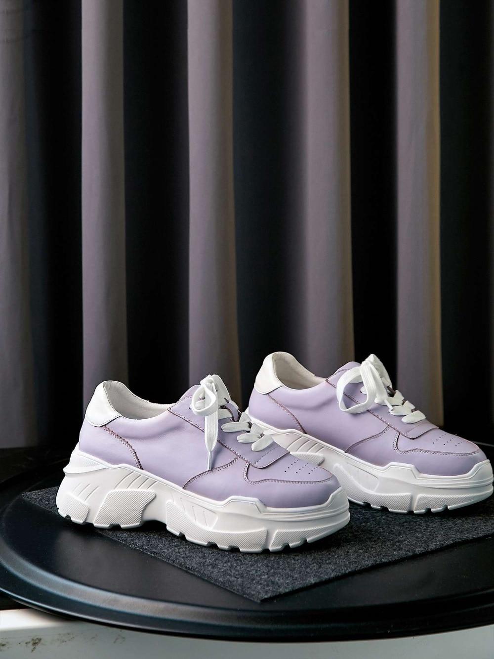 Ayakk.'ten Vulkanize Kadın Ayakkabıları'de 2019 muhtasar tam tahıl deri yuvarlak ayak kalın yüksek alt platform koşu ayakkabıları gündelik giyim lace up vulkanize ayakkabı L7f2'da  Grup 2