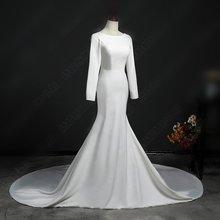 Винтажное атласное платье без спинки с длинным рукавом и пуговицами