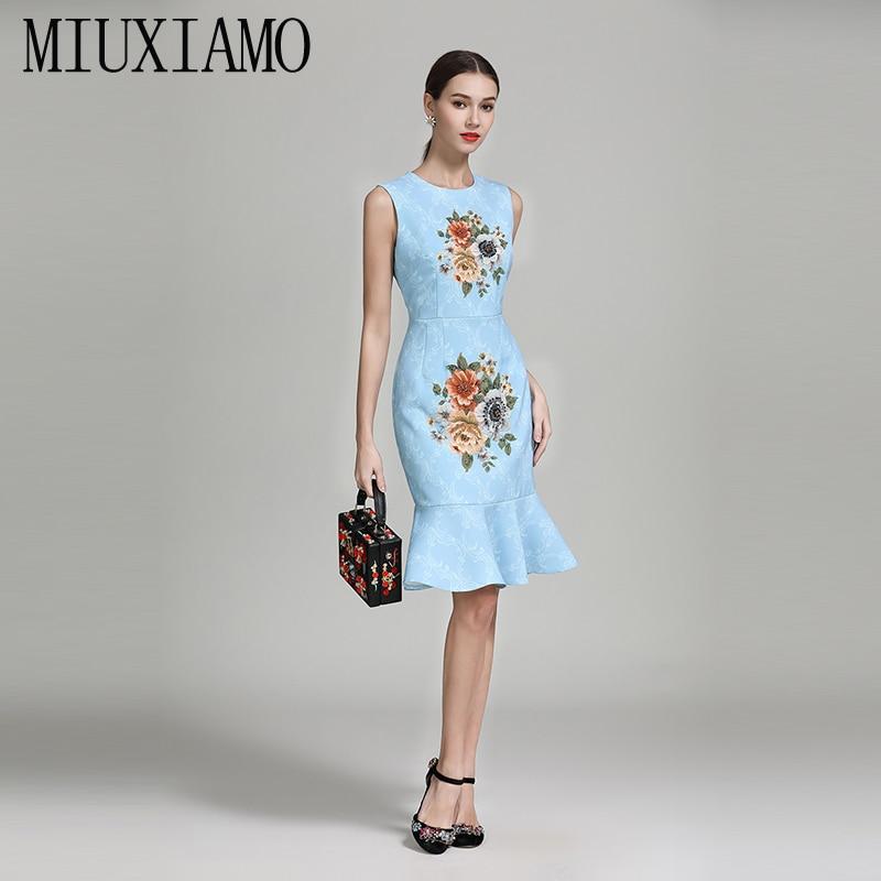 7157340760fcf1 2019 Stickerei Vestido Sommer Blumen Eleghant Qualität Frühlingamp  Casual  Miuximao Diamanten Luxuriöse Frauen Trompete Hohe Kleid SzpVUM