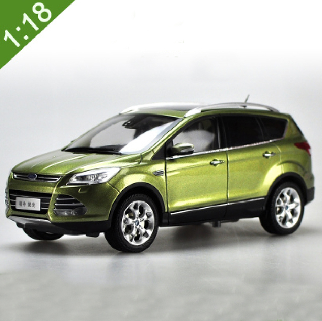 1:18 Scale Ford Kuga Escape 2015 Green SUV Diecast Model