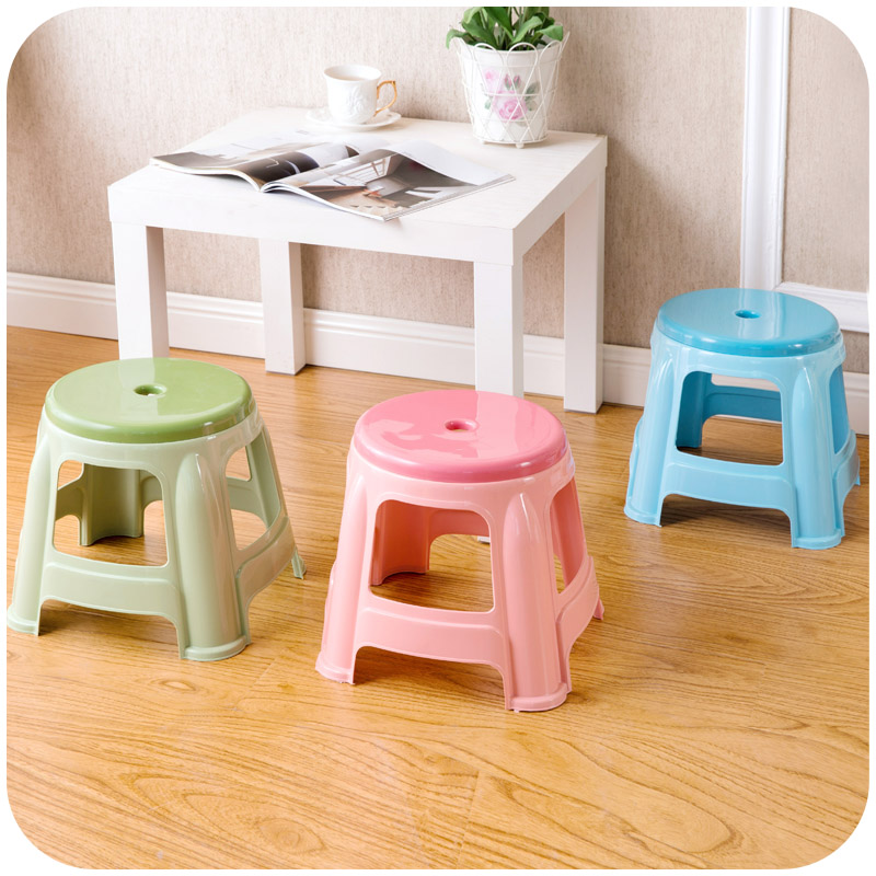 Thick plastic small round stools, home adult children bathroom stool ...