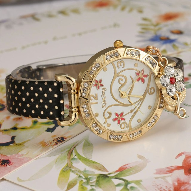 Women Watch Bracelets Vintage Retro Women Sports Flower Rhinestone Ladies Leather Quartz Dress Wrist Watch relogio feminino Gift