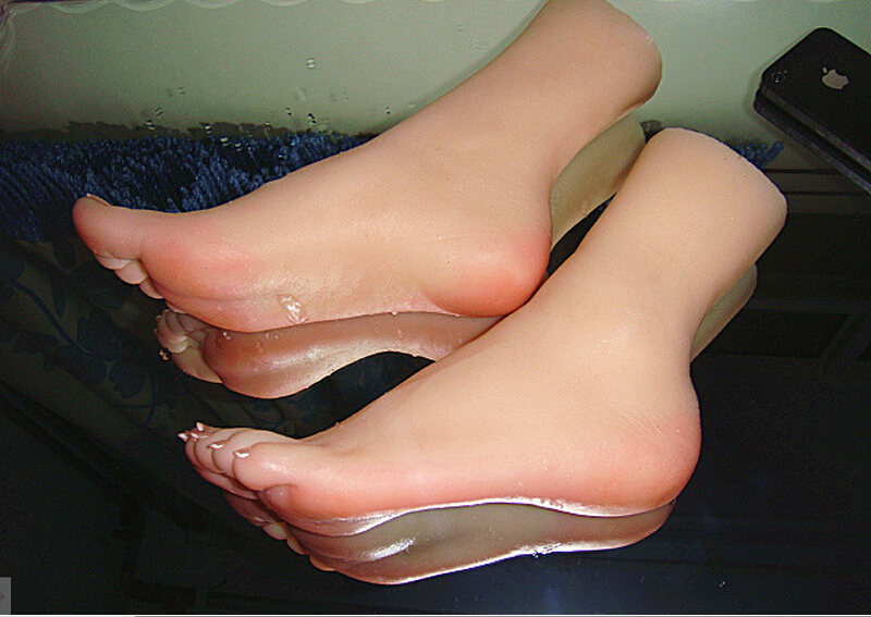 Top Quality Drop Shipping Sex Toy,Solid Silicone Female Feet, Feet Fetish Toys for Man, Lifelike Skin 3D Woman Fake Feet 2015 new top quality foot fetish toys solid silicone female feet feet fetish toys for man lifelike skin woman fake feet ft 3601