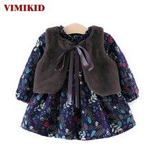 Vimikid Платье для маленьких девочек 2017 осень-зима Обувь для девочек утепленные бархатистые с длинным рукавом Подпушка платье + волосы платок Детская одежда платье