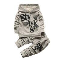 Ropa de los niños 2 unids establece Coat + pants Encapuchado carta Moda baby Boy Kid Otoño Invierno Traje de Otoño de Algodón deporte chándal al aire libre