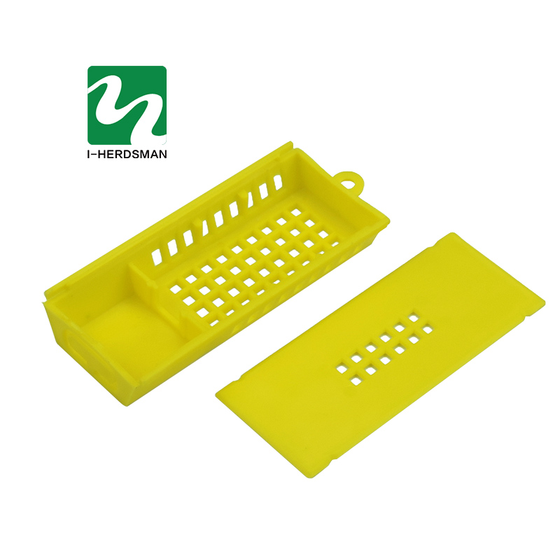 30 pcs Beekeeping Tools Queen Bee cage lengthened Mailing Yellow King Cage Prisoners Transport Isolated Cage Free shipping30 pcs Beekeeping Tools Queen Bee cage lengthened Mailing Yellow King Cage Prisoners Transport Isolated Cage Free shipping
