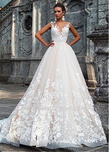 Image 2 - Stunning Jewel Ausschnitt A linie Brautkleider Mit 3D Spitze Appliques Brautkleider vestidos de novia
