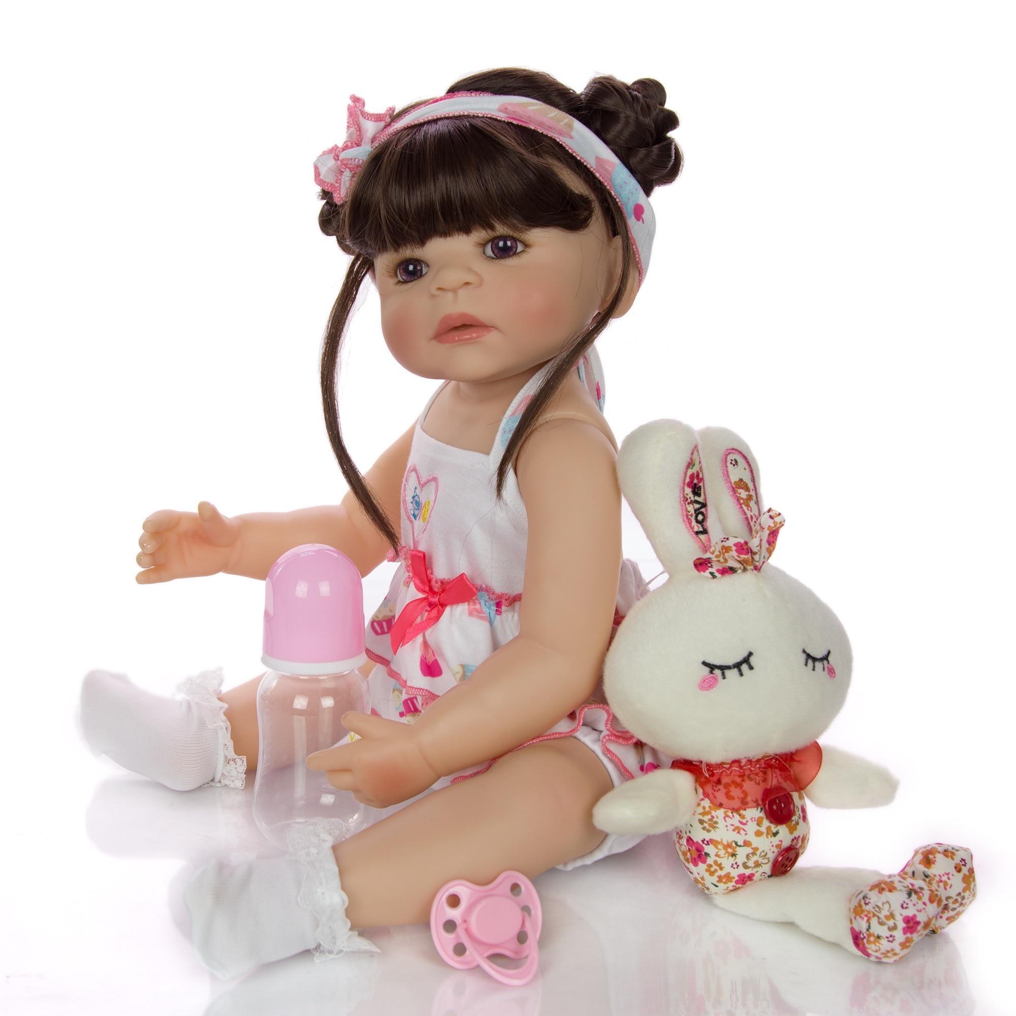Nouveau mode 22 pouces Silicone bébé Reborn poupée 55cm réaliste nouveau-né Bebe jouet pour enfant en bas âge anniversaire présent coucher playtime
