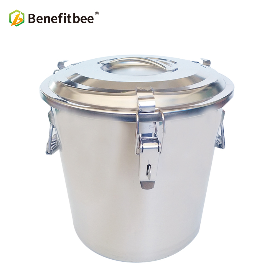 Benefitbee Beekeeping Tools Stainless Steel Honey Tank For Beekeeping Equiption With Valve Insulation Cover 20L 25kg