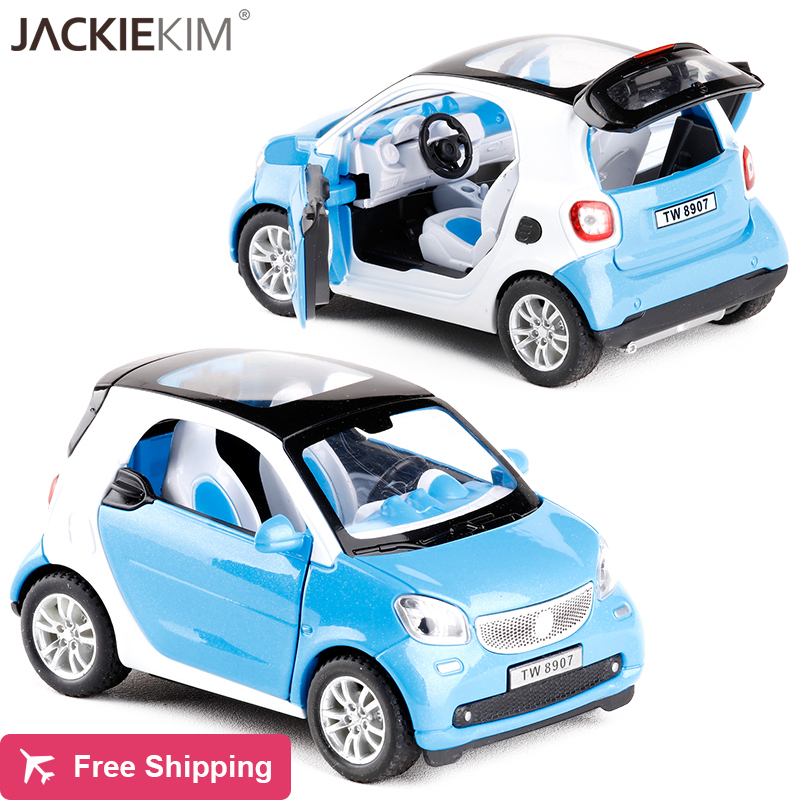 New 1:24 SMART FOR TWO Alloy Car Model Baby Toy Educational With Pull Back Musical Flashing For Boys Kids Gifts Free Shipping