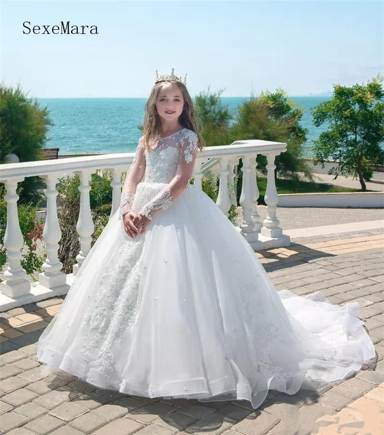 Gorgeous Flower Girl Dress With Long Sleeves Train Applique For Wedding First Communion Gowns Girls Pageant Gowns Formal Wears