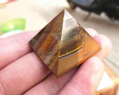 WBY---707 + + + tigre de piedra Natural Pyramid adornos de piedra de pirámide adornos de cristal de energía adornos de mal de la suerte