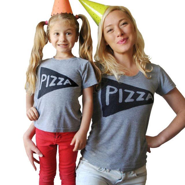 af83ca0d2d6b Mother Daughter Clothes Family Matching Outfits Summer 2017 New Short Sleeve  Pizza Papa Mama Kids Baby T Shirts Rompers Costumes