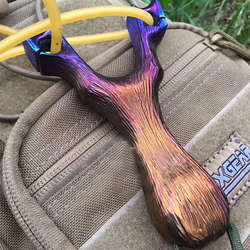 Customized Slingshot Titanium Alloy Handmade Titanium Alloy TC4 Tree Outdoor Sports Slingshot Camping Equipment
