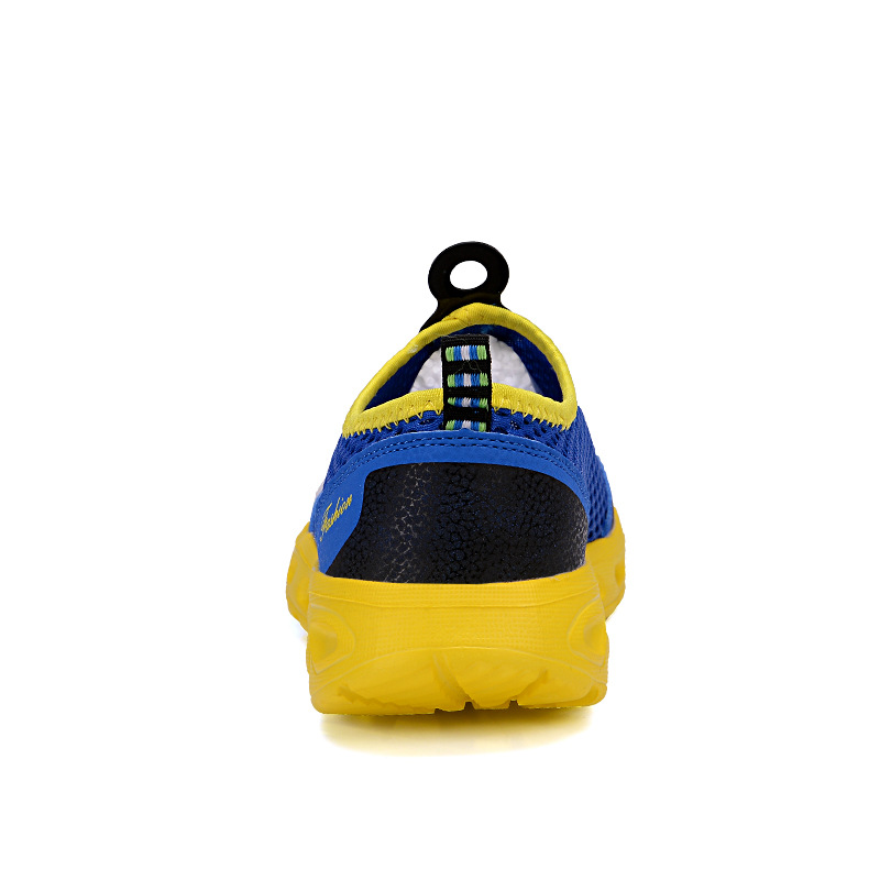 Купить с кэшбэком ZYYZYM Men Summer Casual Shoes Air Mesh Shoes Men Lightweight Breathable Slip-on Flats Chaussure Homme Men Outdoor Wading Shoes