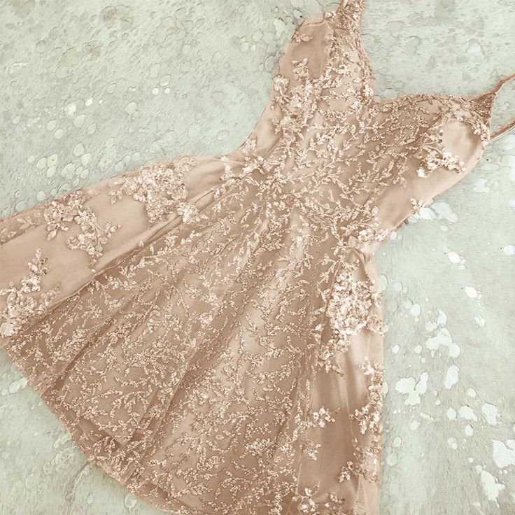Champagne 2019 Homecoming Dresses A-line Spaghetti Straps Lace Beaded Short Mini Elegant Cocktail Dresses