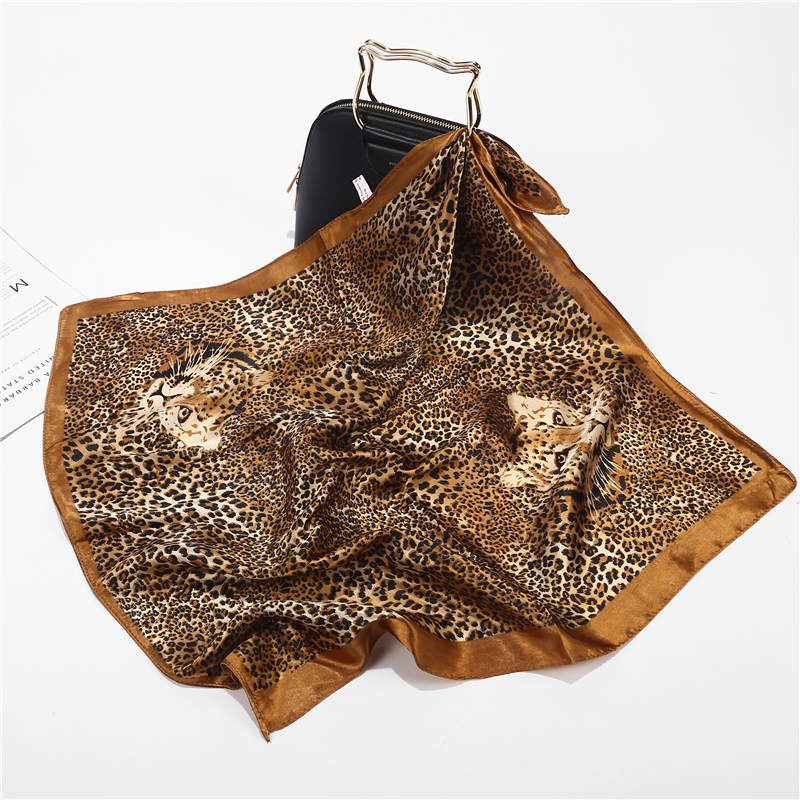 New Summer Luxury Brand Leopard Silk Square Scarf Women Shawls Wraps Fashion Print Office Small Hair Neck Hijabs Foulard