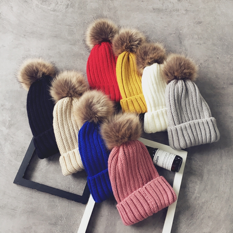 Winter Skullies Beanies Hat Women 2017 New Hot Fashion Casual Warm Thick Simple Solid Color Knitting Hats with Pompom skullies