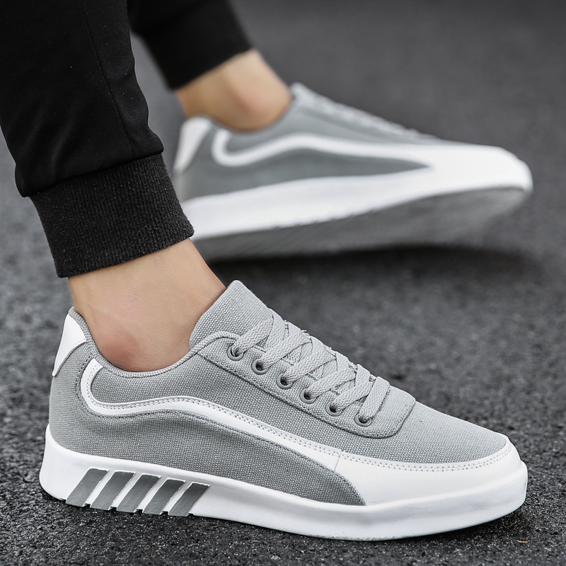 2018 New Arrival Men Running Shoes Breathable Sneakers Sports shoes for Adult Jogging trainers athletic tennis sneakers boys