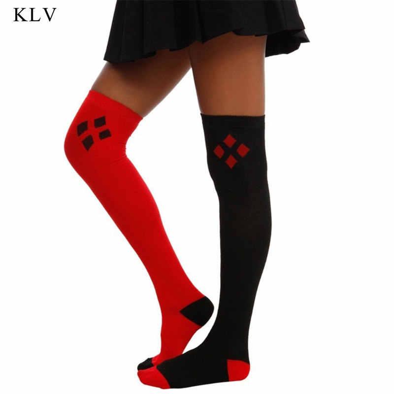 หญิงสาวฤดูหนาว Cuff สีดำสีแดงเพชรพิมพ์ยาวกว่าเข่าถุงน่องฝ้ายบล็อกสี
