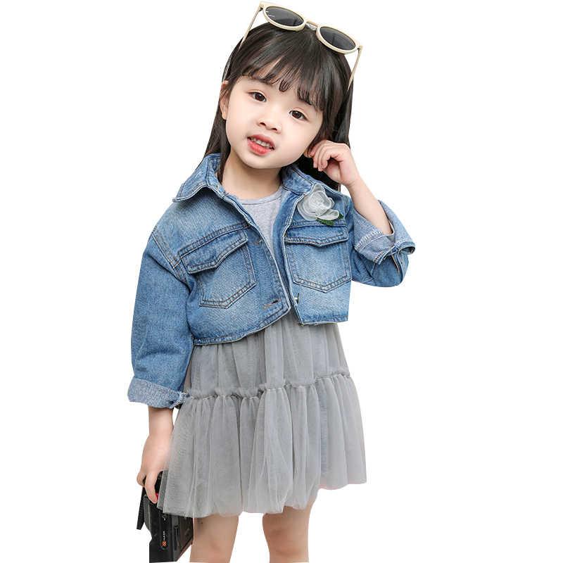 Костюмы для маленьких девочек, комплекты из 2 предметов для 1-5 лет, весенне-летняя джинсовая куртка с большим карманом и цветочным принтом + газовое платье, модный подарок для девочек