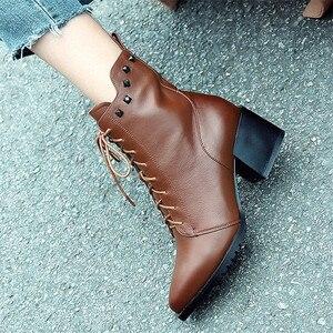 Image 5 - FEDONAS ماركة النساء جلد طبيعي حذاء من الجلد عالية الكعب المسامير ليلة نادي أحذية الحفلات امرأة الدانتيل يصل قصيرة السيدات الأحذية