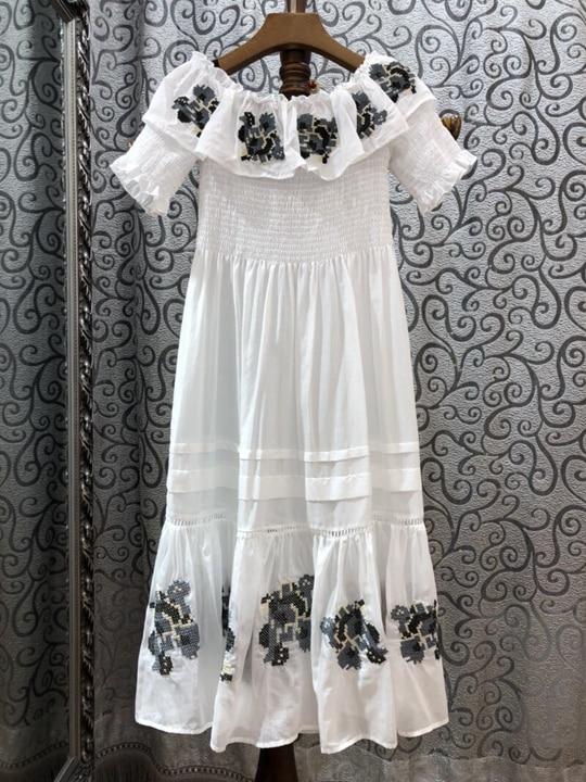 2018 summer new womens word collar short-sleeved embroidery dress 522