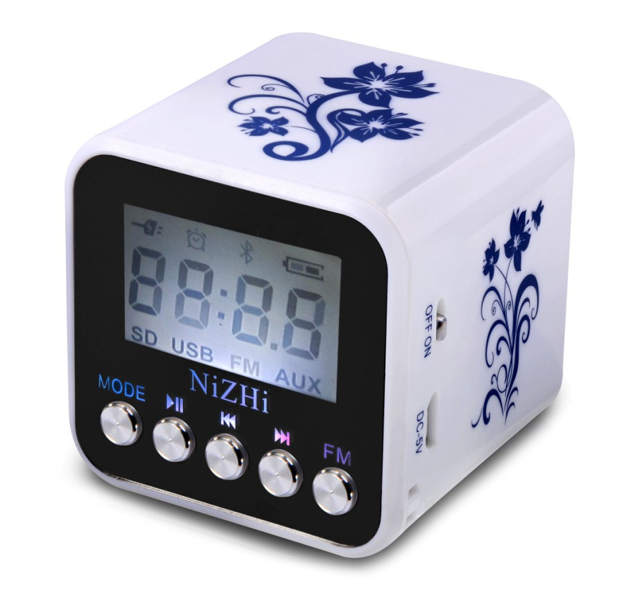Mini FM radio speaker with screen support USB SD card FM radio,Portable digital Speaker MP3 Players with clock T032R
