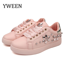цена на YWEEN Brand 2019 New Women Flat Shoes Women Pearl Espadrille Soft Leather Rhinestone Sneaker Shoes Female Round toe loafers