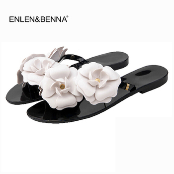 цена на Summer Women Sandals Flip Flops Outside Women Slippers Female Beach Shoes with Floral Ladies jelly shoes sandalias mujer 2018