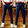 Детская одежда весной и осенью большой мужской дети джинсы дети чистый цвет мальчика джинсы тонкие брюки
