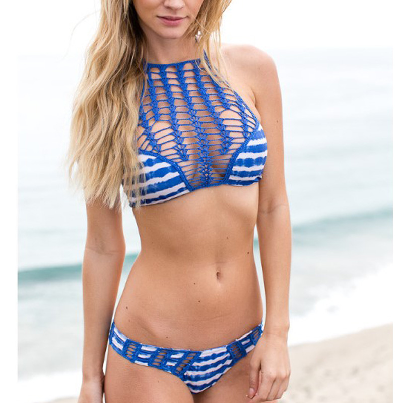 2016 женщин купальники трикини крючком бикини Топ Новый летний сексуальный Выдалбливают кружева крючком бикини высокая шея из двух частей