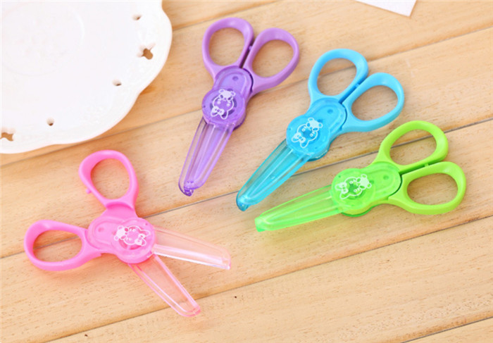 1200pcs Plastic Scissors /Safety Scissors For Children/Not To Hurt The Hand Paper Cutting Knife