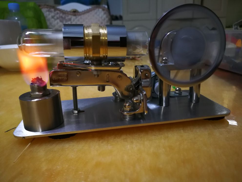 Stirling engine with  electric generator engine model science geek v4 model stirling engine generator set