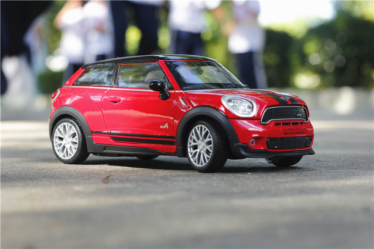 1 24 free shipping mini paceman Alloy Diecast Car Model Pull Back Toy Car model Electronic