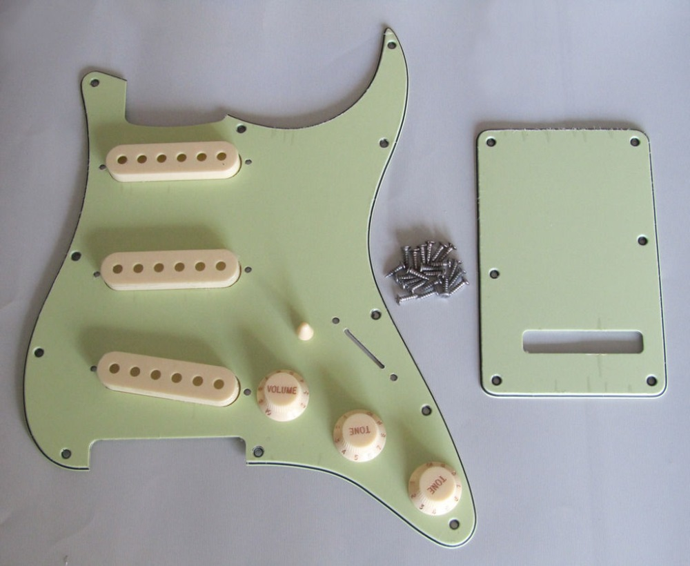 Купить с кэшбэком KAISH ST  SSS Pickguard Set Mint Green w/ Aged White Pickup Covers,Knobs,Switch Tip