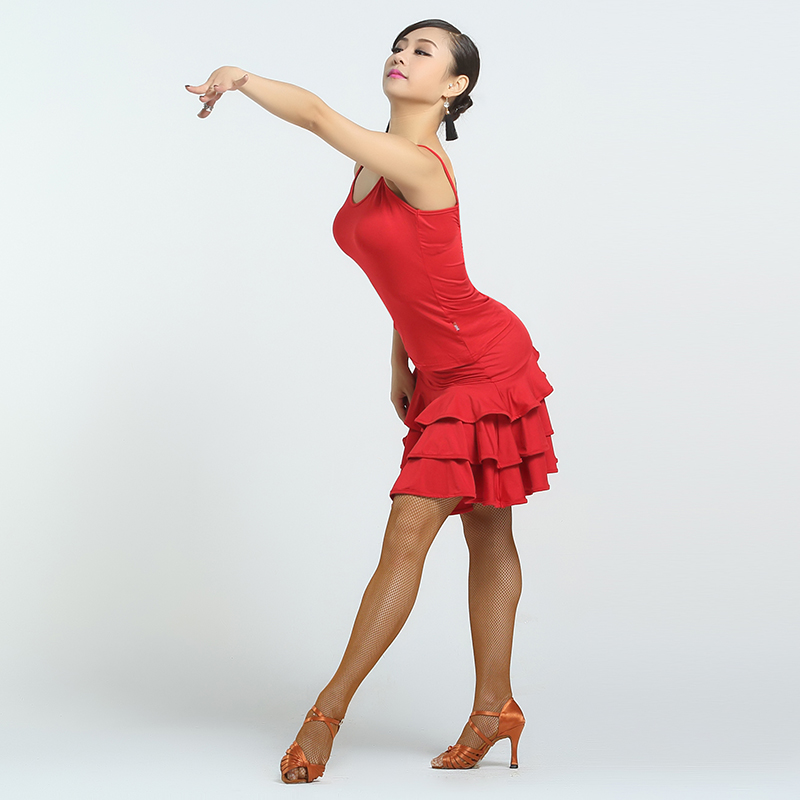 танец в юбке сексуальный