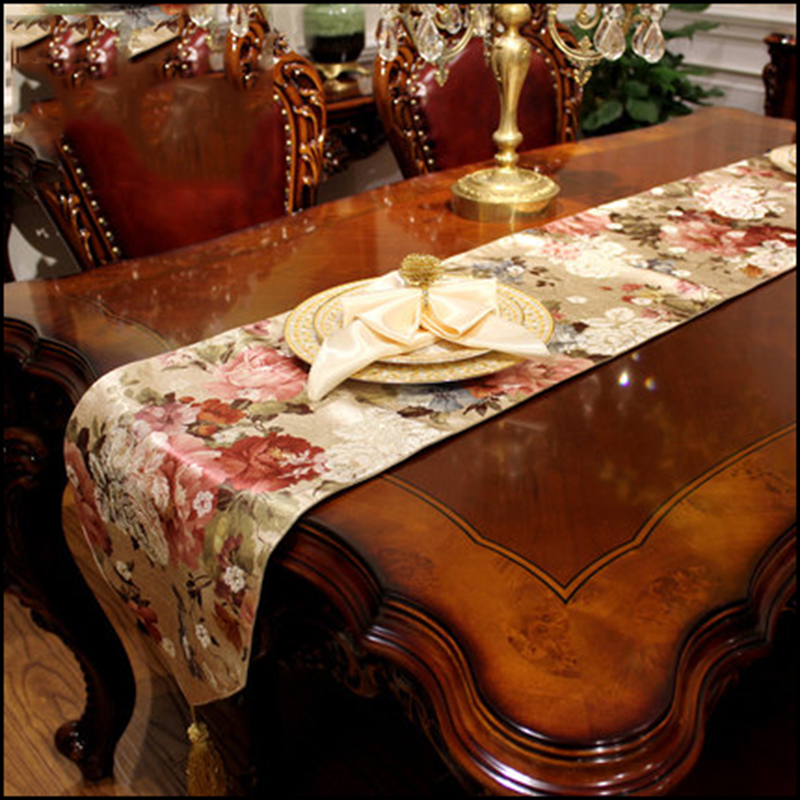 Chinese Style Table Runner