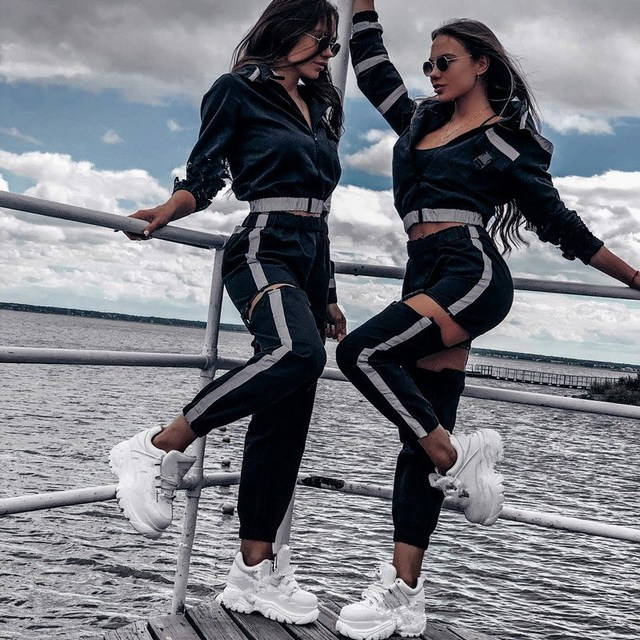 New Sexy Buckle Hollow Out Harem Pants Fashion Reflective Striped Women Sweatpants Streetwear Black Joggers Trousers