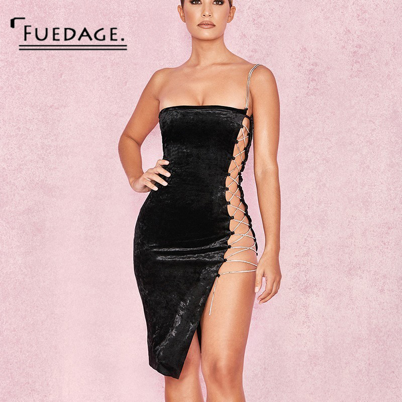 Outfit vestido negro primavera