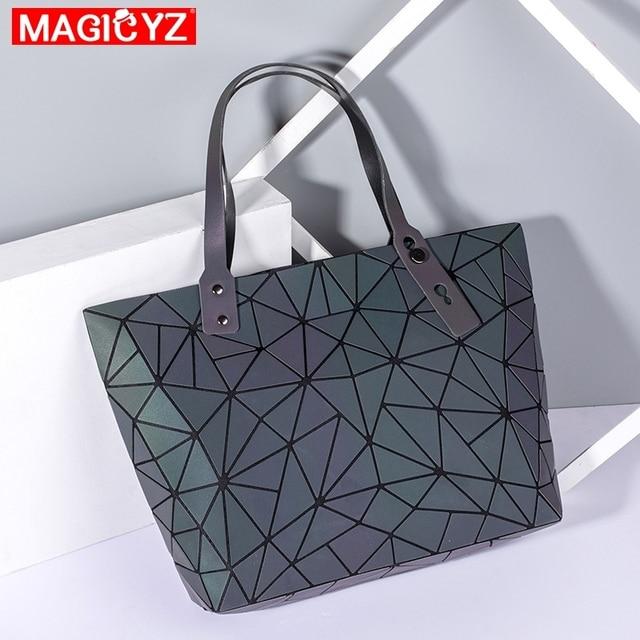 Large Capacity Holographic Handbag 4