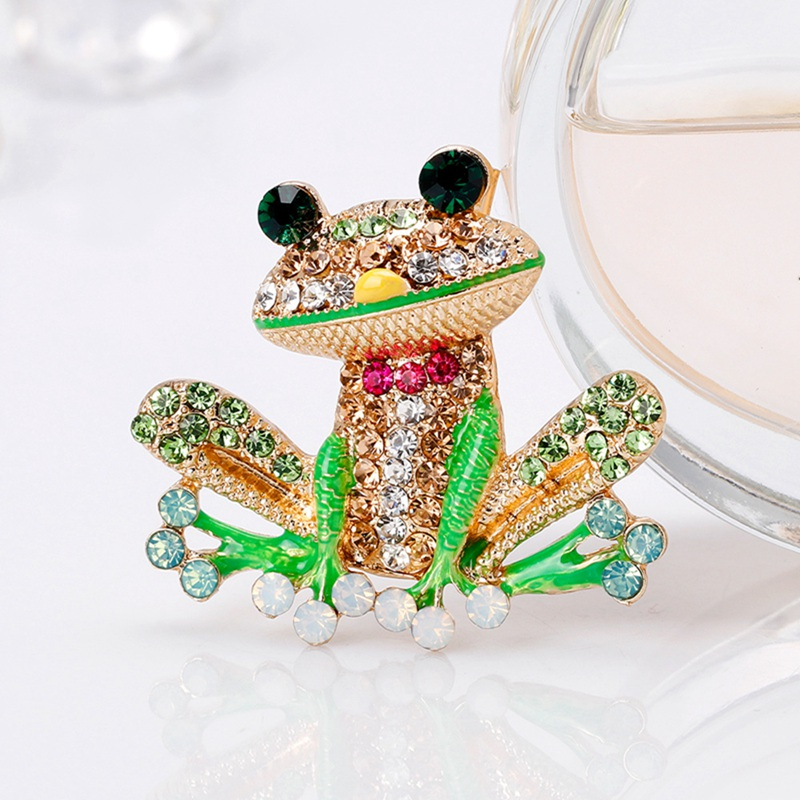 hot new cute frog brooch alloy exquisite Metal Pin Frog Cartoon Figures Lapel Pins and Brooches For Clothes Pin Badge