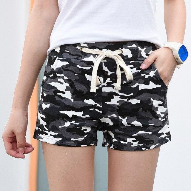 4555f3c534 Moda Pantalones cortos mujeres Militar camuflaje Pantalones cortos verano  estilo sexy corto femino Pantaloon Femme más