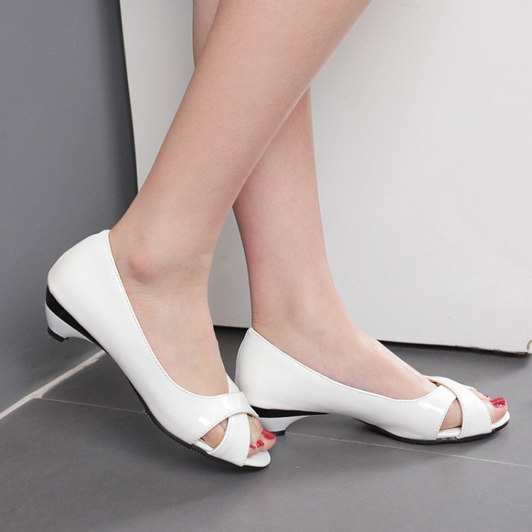 Big Size Sale 34 43 Small Wedge Peep toe Multi color Summer Women sandals Flower Patent leather Open toe Cone heels Casual 9 3