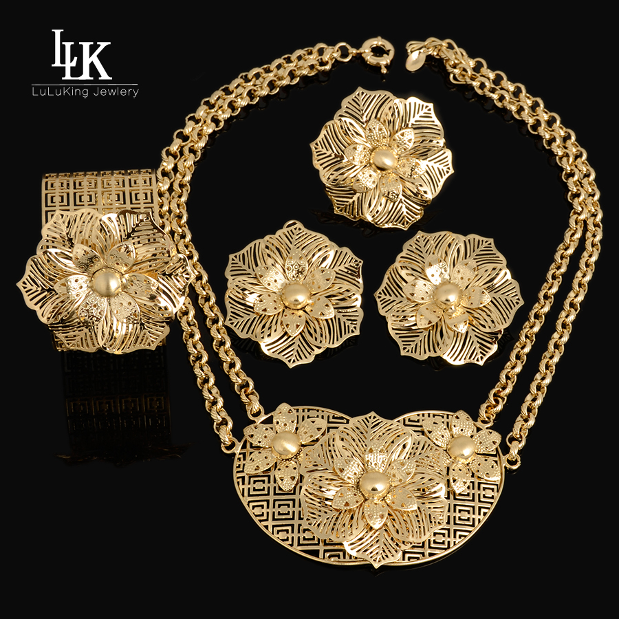 Charms Big Flower Pendant Necklace Earring Bracelet Ring Fashion Dubai Gold Plated Nigerian African Beads Wedding