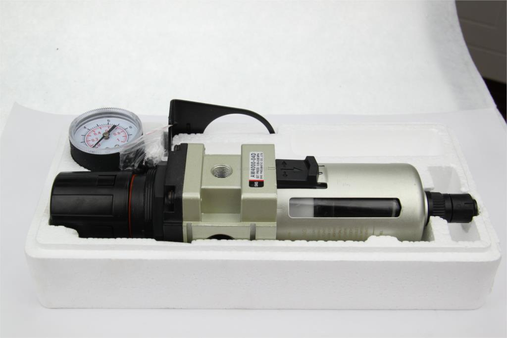 SNS Pneumatic filter regulator AW4000-04D 1/2