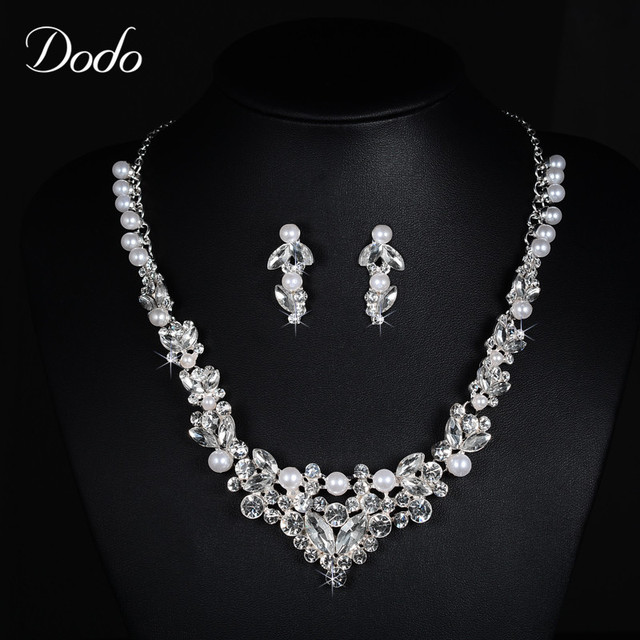 Simple Design Fashion Jewelry White Gold Plated Simulated Pearl CZ Diamond Austrian  Crystal Necklace Earrings Sets 9f61ac80079a
