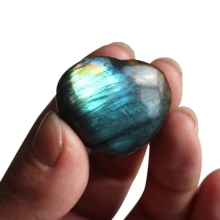 Natural Crystal Semi-Gemstone Labradorite Moonstone Love Pendant Heart-Shaped Ocean Heart Blue Moonlight