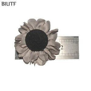 Image 5 - 100 шт./лот, тканевый цветок ручной работы, 4,5 см, с центром, бутиковая повязка на голову и заколка для волос TH233